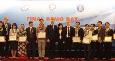 Lễ trao chứng nhận hoàn thành khóa đào tạo chuyên gia tư vấn đổi mới sáng tạo