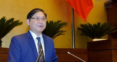Ông Phan Xuân Dũng báo cáo giải trình những điểm tiếp thu, góp ý của đại biểu quốc hội.