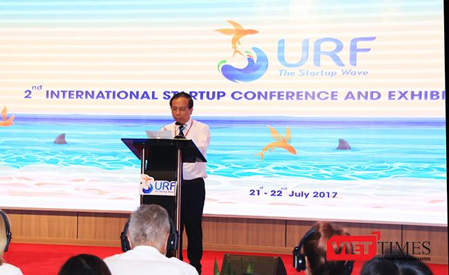 Ông Võ Duy Khương, Chủ tịch Hội đồng điều phối Mạng lưới khởi nghiệp Đà Nẵng, Chủ tịch Vườn ươm doanh nghiệp Đà Nẵng phát biểu khai mạc sự kiện