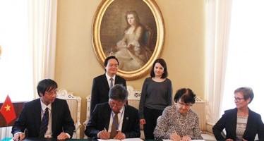 Việt Nam và Phần Lan ký kết hợp tác giáo dục với nhiều nội dung