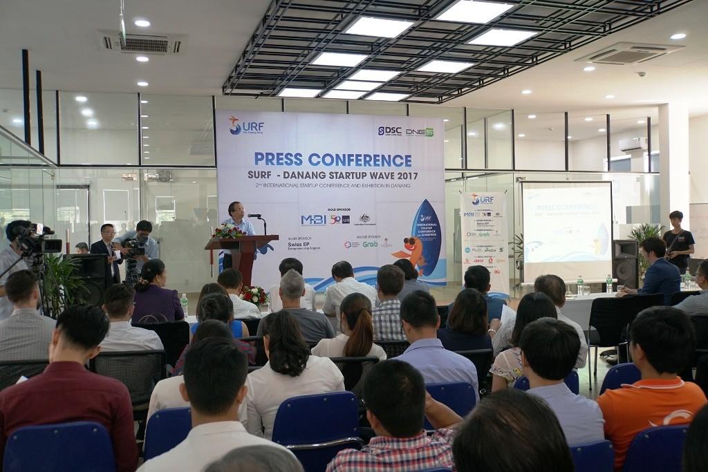 Một hoạt động về khởi nghiệp thu hút bạn trẻ trong năm 2017 tại Đà Nẵng. Ảnh VGP/Thế Phong