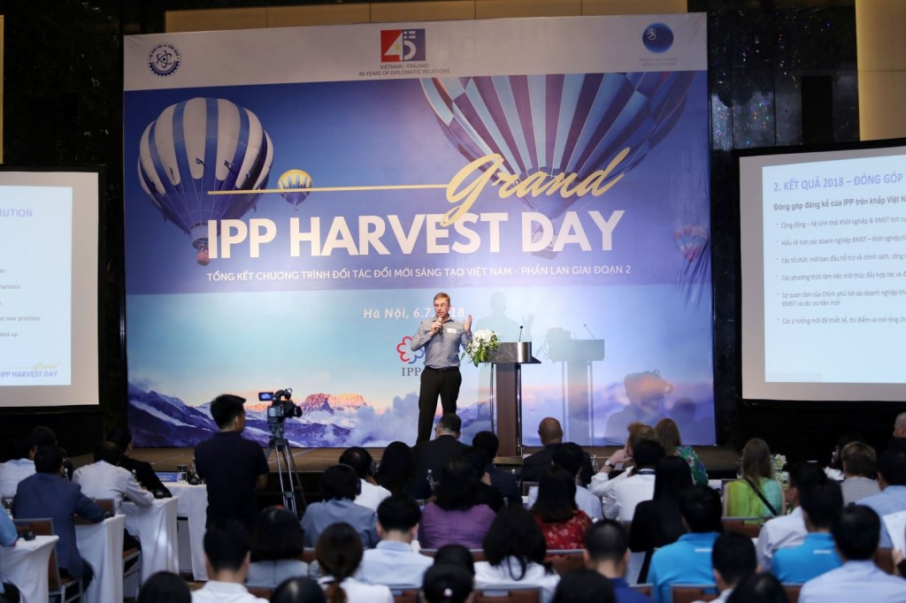 Lauri Laakso, chief advisor of IPP2, speaks at the IPP Grand Harvest Day