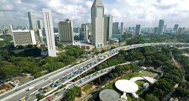 Kế hoạch tạo ra Thành phố vườn (Garden City) của Singapore được phát triển từ năm 1967 với việc xây dựng thành phố phủ đầy cây xanh. Gần đây nó đã được phát triển thành Thành phố trong vườn (City in the Garden) hướng tới việc tạo ra một không gian giao hòa giữa thiên nhiên và lối sống của con người. Nguồn ảnh: http://www.eco-business.com
